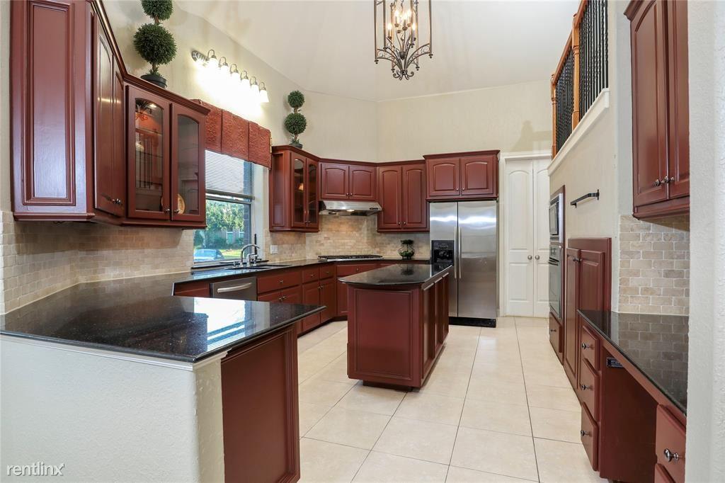 1726 Parklake Vlg, Katy, TX - $3,500