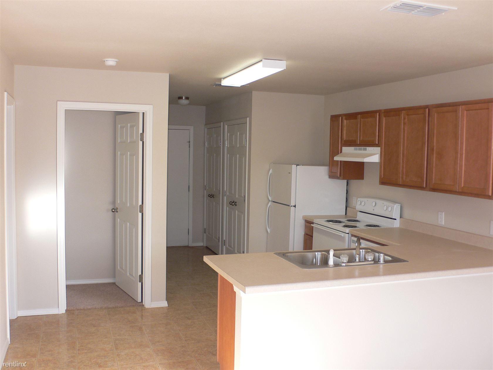 3419 N Dal Paso St, Hobbs, NM - $895