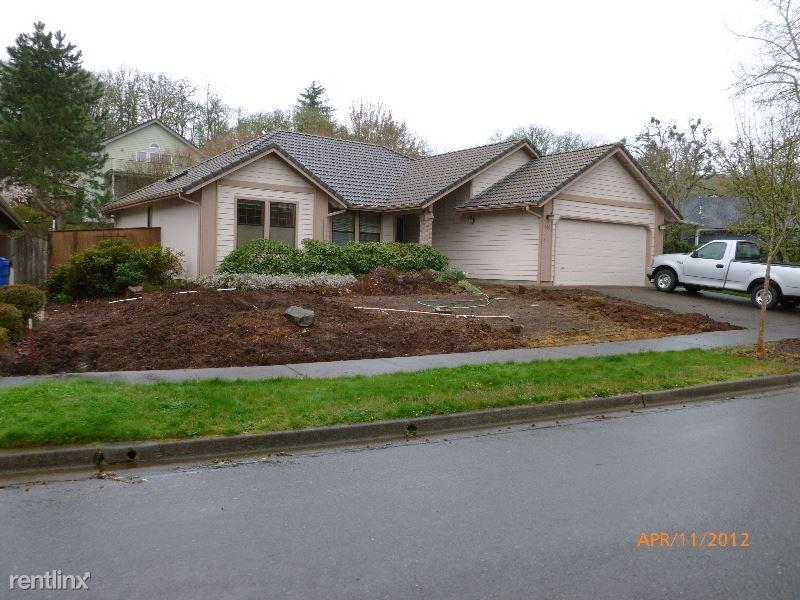 638 Wipwood Dr SE, Salem, OR - $1,800