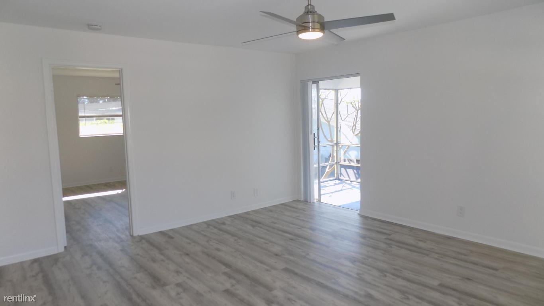 640 SE 2nd Ave Apt 212, Boynton Beach, FL - $1,600