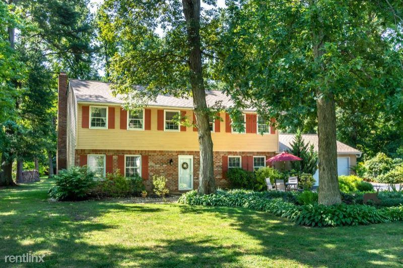 925 Chesapeake Dr, Stevensville, MD - $2,400