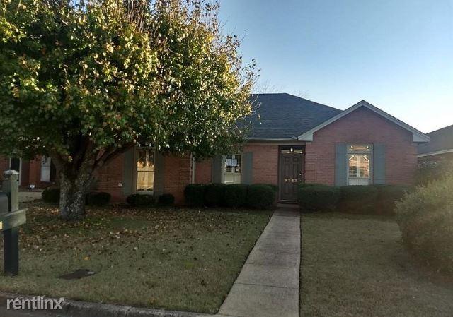8713 Harvest Ridge Drive, Montgomery, AL - $1,400