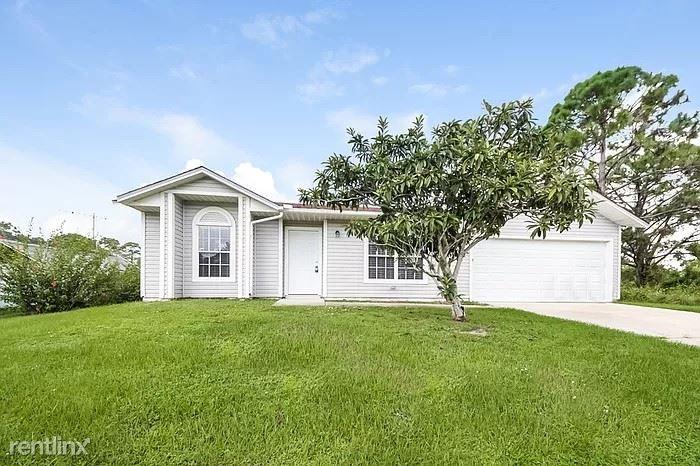 1374 San Filippo Dr SE, Palm Bay, FL - $1,429
