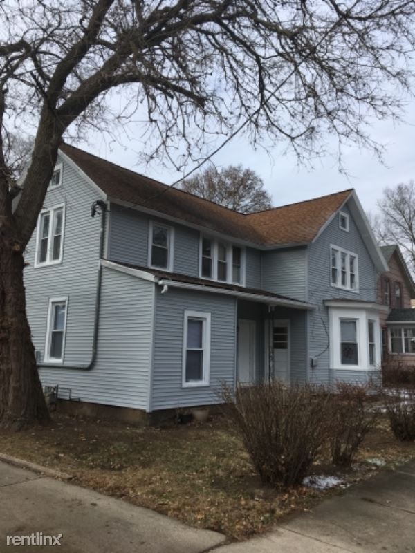 34 S Porter St 5, Elgin, IL - $650