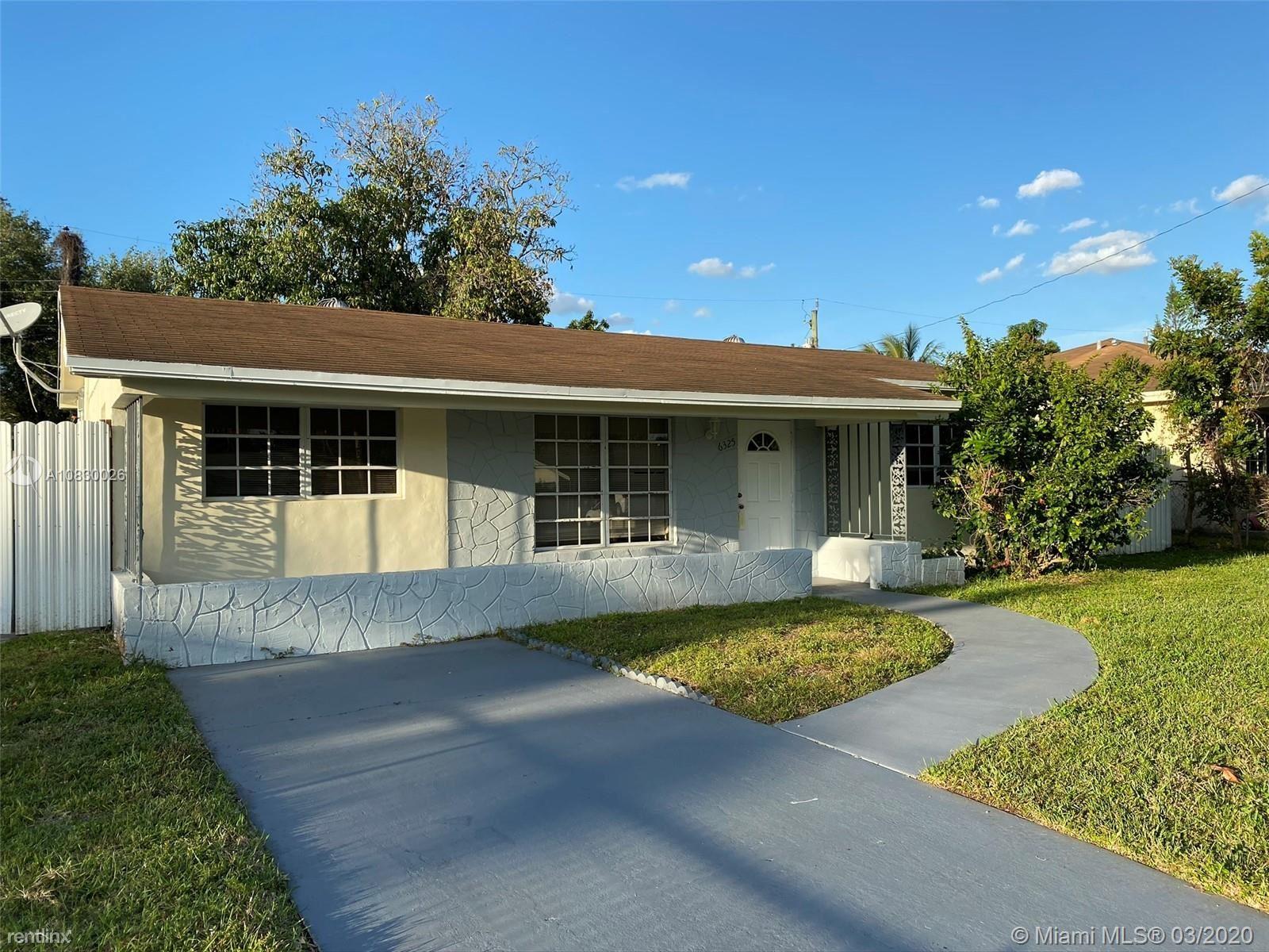 4331 SW 54th Ct # B1, Fort Lauderdale, FL - $2,300