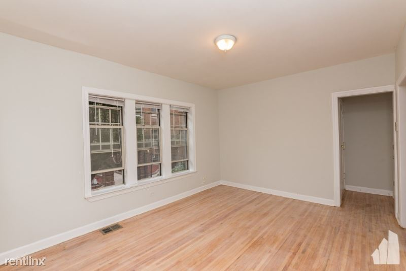 620 W Barry Ave # W2, Chicago, IL - $1,420