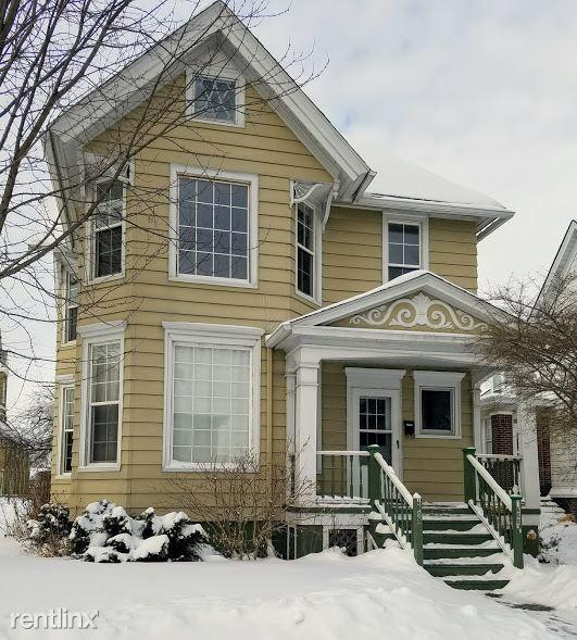 1600 N Main St, Racine, WI - $795