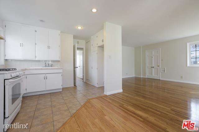 8326 Barnsley Ave, Westchester, CA - $3,000