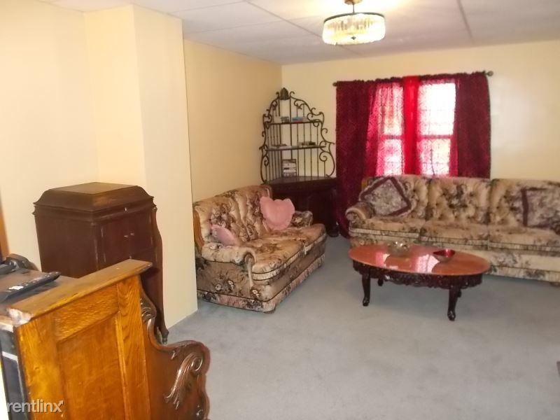 628 Center Street, Jim Thorpe, PA - $495