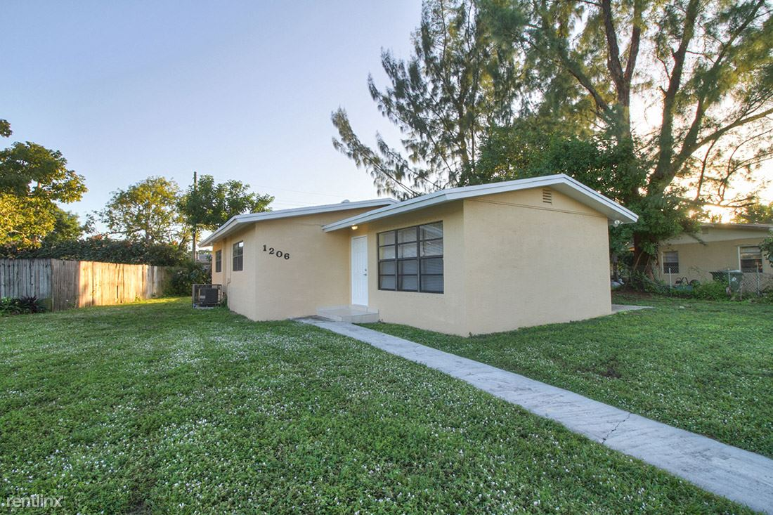 1206 NW 16th Court, Fort Lauderdale, FL - $1,799
