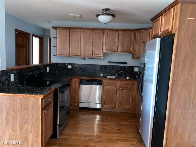 8565 W 101st Terrace 6-316, Palos Hills, KS - $1,500