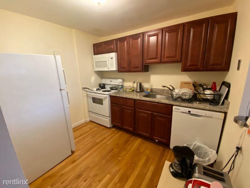 1039 Commonwealth Ave 27, Boston, MA - $2,650