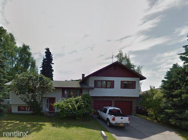 1720 Wickersham Dr, Anchorage, AK - $2,400
