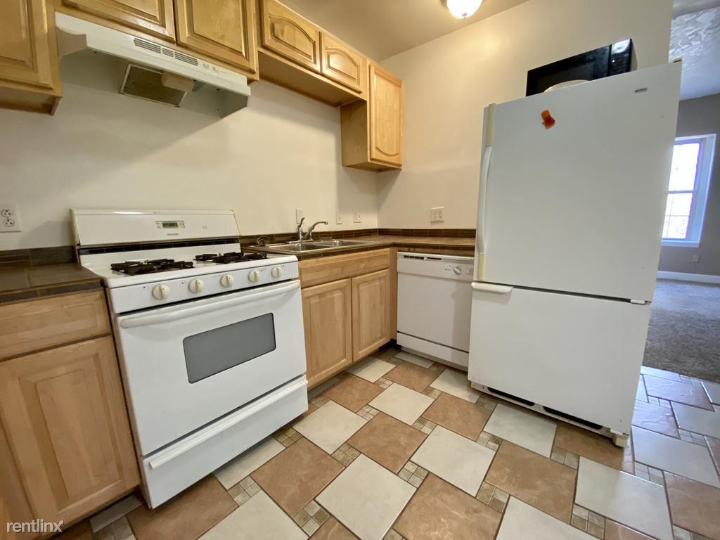 1203 Arch St Unit 5, Pittsburgh, PA - $890