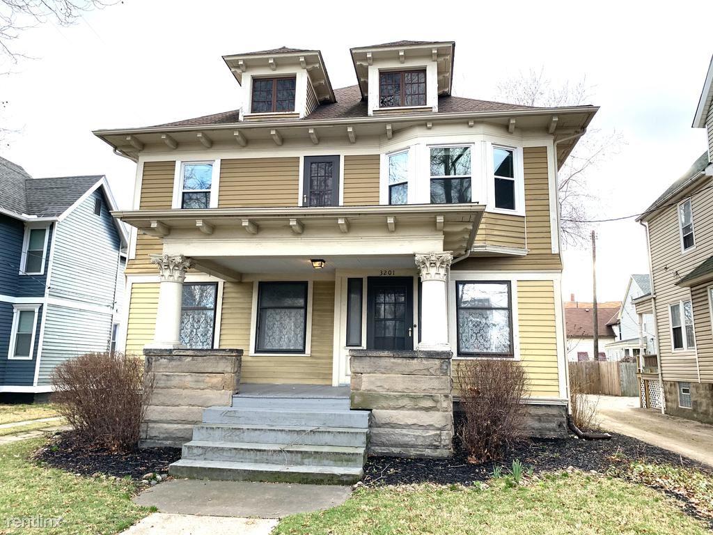 3201 Scranton Rd, Cleveland, OH - $1,995