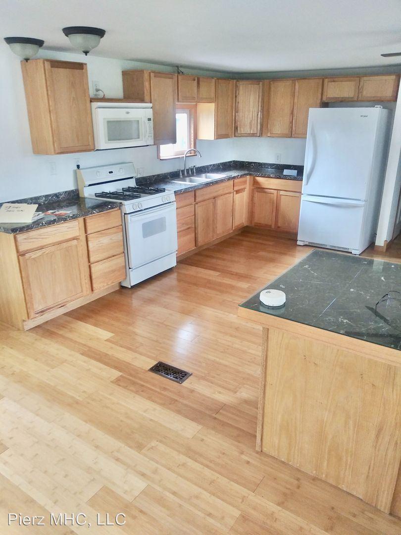 310 3rd Avenue Northwest, Pierz, MN - $780