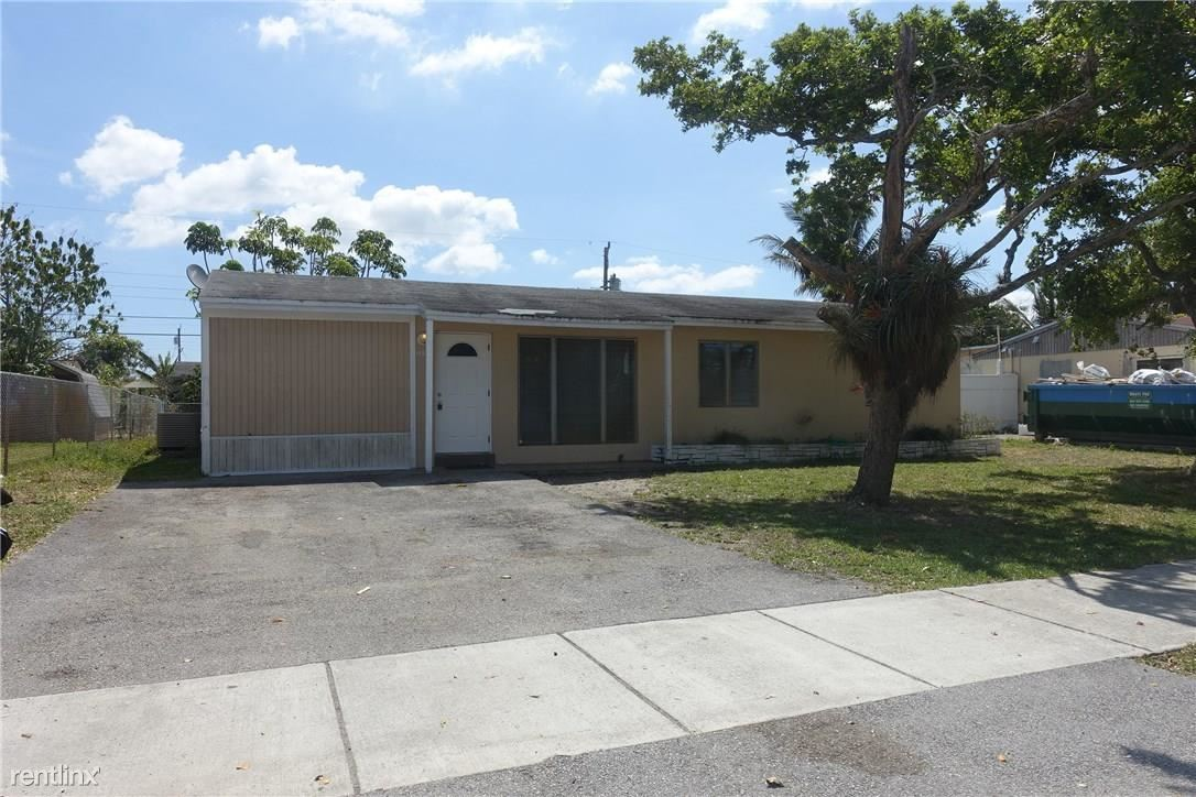 1354 SW 50th Ave, Fort Lauderdale, FL - $1,750
