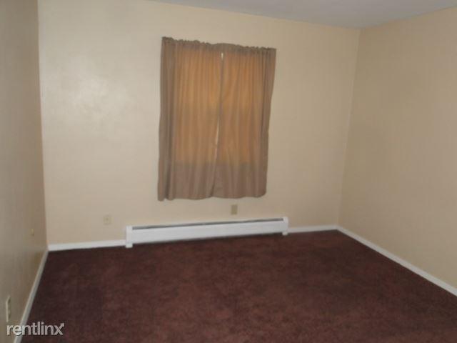 402 S 5th St. 7, Arlington, SD - $450