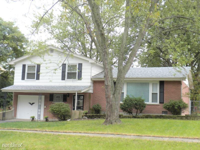 4741 w. 176th Pl, County Club Hills, IL - $1,900