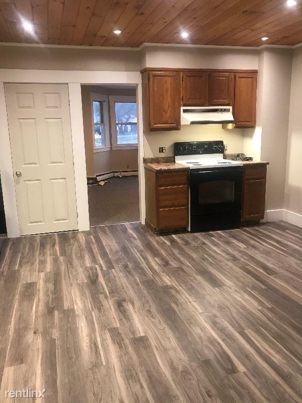 9 Grant Ave 1, Barre, VT - $1,275