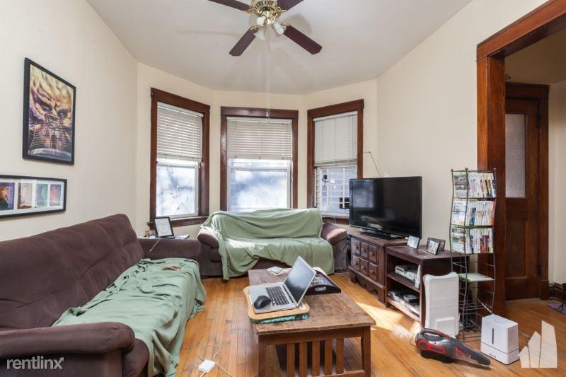1518 W Melrose St # 1, Chicago, IL - $1,895