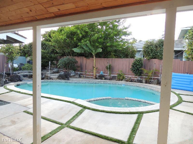 660 Maluniu Ave House, Kailua, HI - $3,550