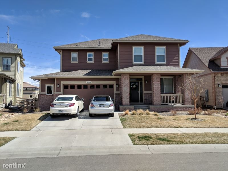 2062 Cutting Horse Dr, Fort Collins, CO - $2,750