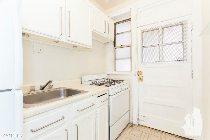 620 W Barry Ave W2, Chicago, IL - $1,420