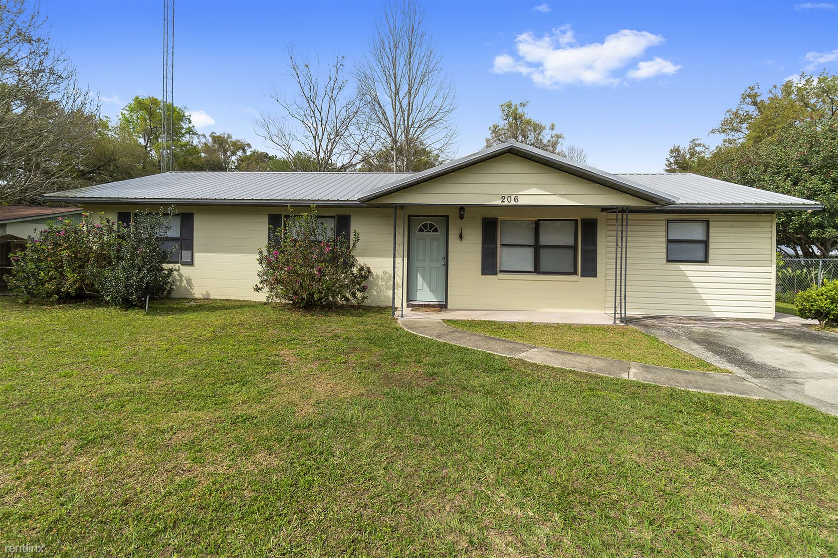 206 Northeast 3rd Terrace, Williston, FL - $1,100