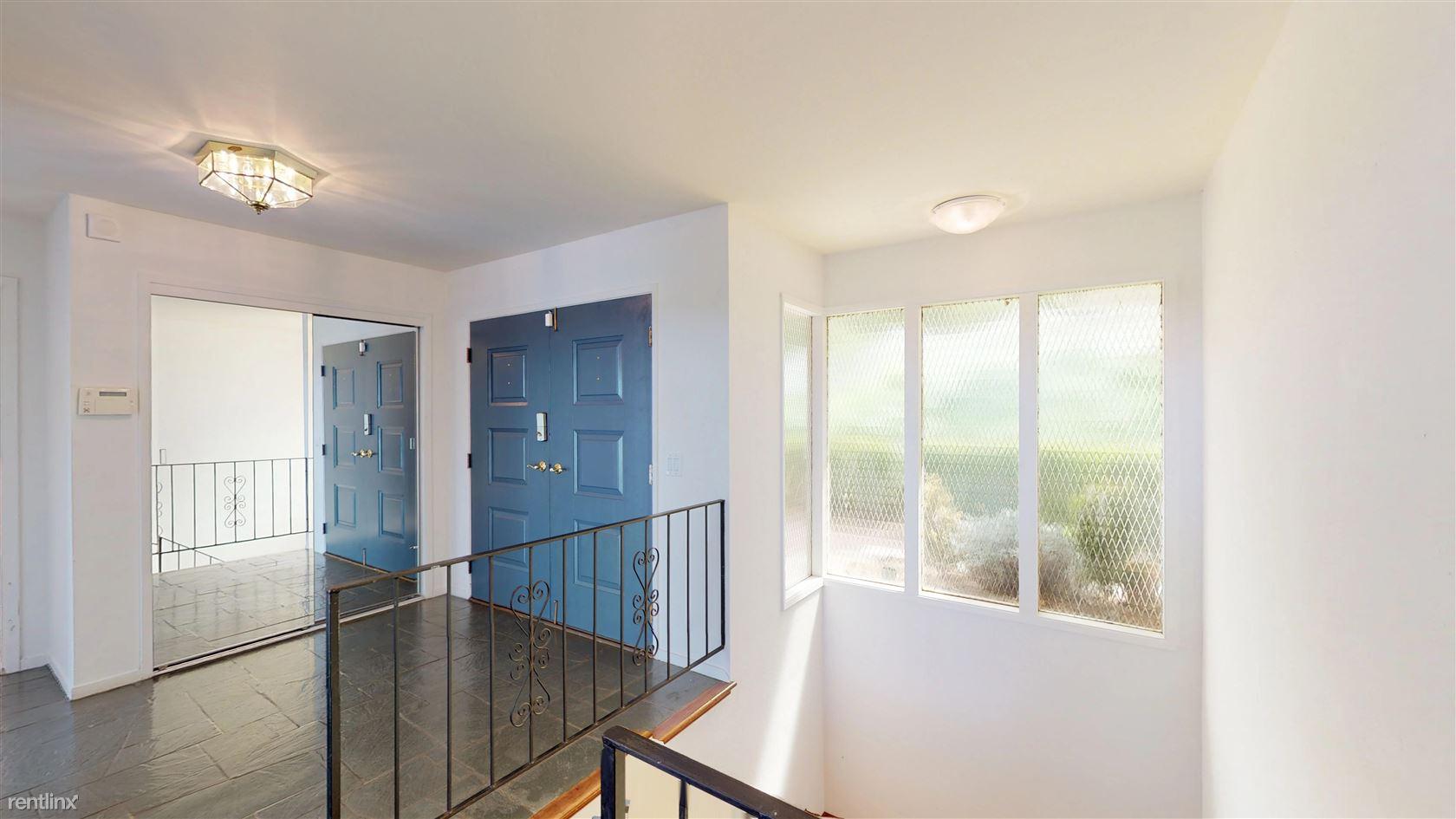 Oneonta Dr, Stonebrook Ct, Los Altos Hills, Los Altos Hills, CA - $1,590