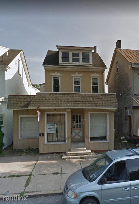 866 E High St, Pottstown, PA - $1,600
