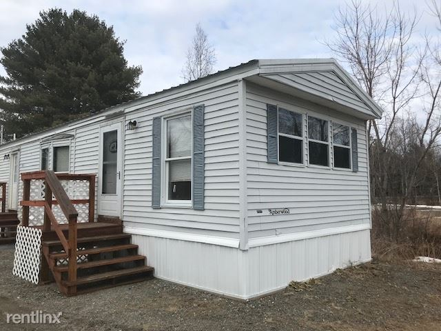 111 County Rd A, Milford, ME - $950