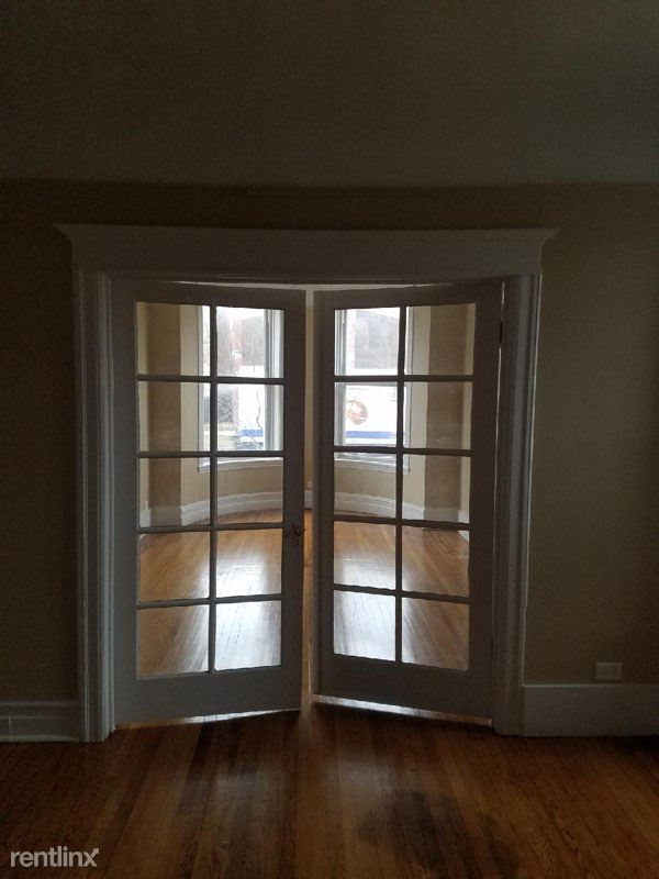 5407 S Indiana Ave, Chicago, IL - 1,500 USD/ month