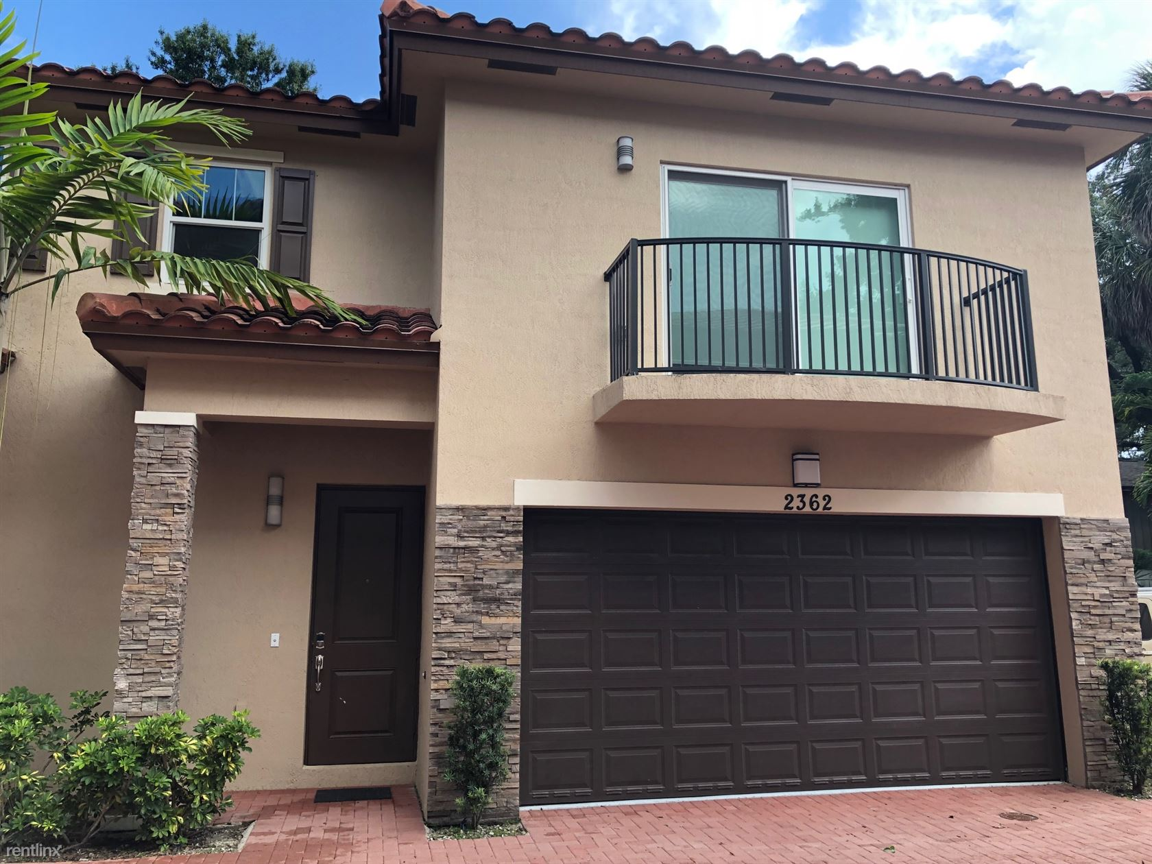 2362 SW 18 Avenue, Fort Lauderdale, FL - $2,850