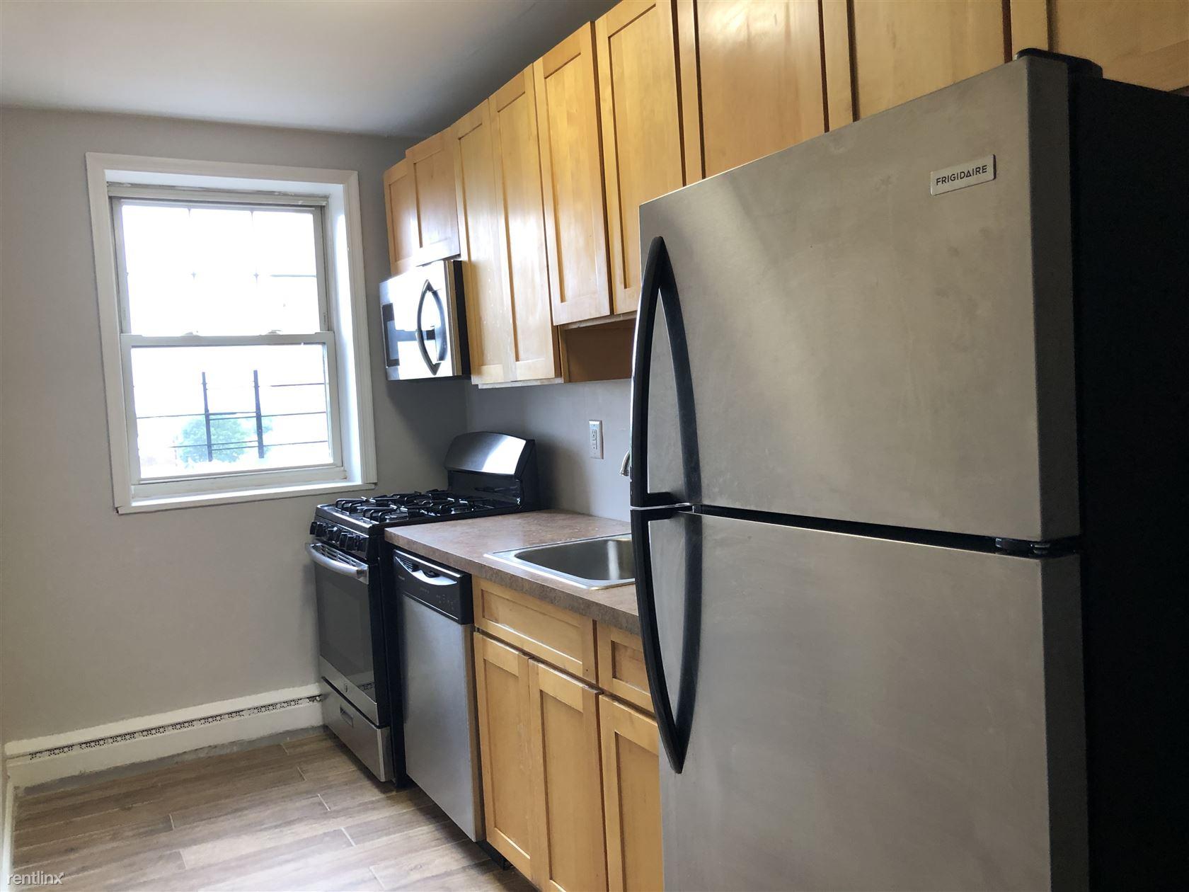 2465 John F Kennedy Blvd, Jersey City, NJ - 1,225 USD/ month