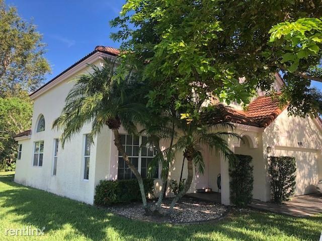 9391 Oak Grove Cir, Davie, FL - $2,500