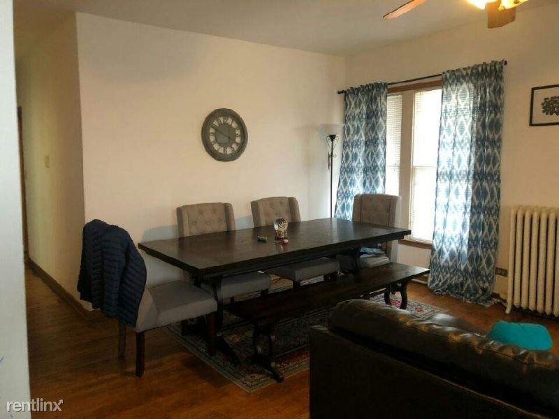 515 South Boulevard 1W, Oak Park, IL - $1,600
