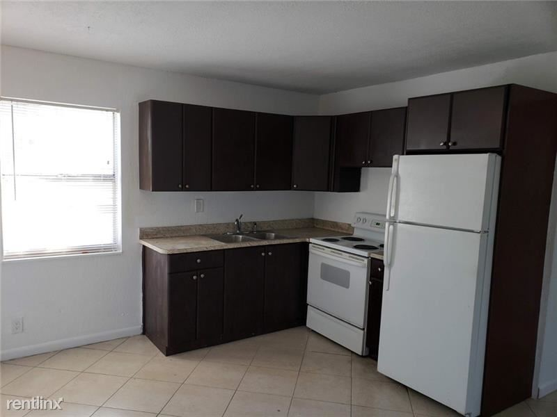1015 NE 17th Ave, Fort Lauderdale, FL - $1,450
