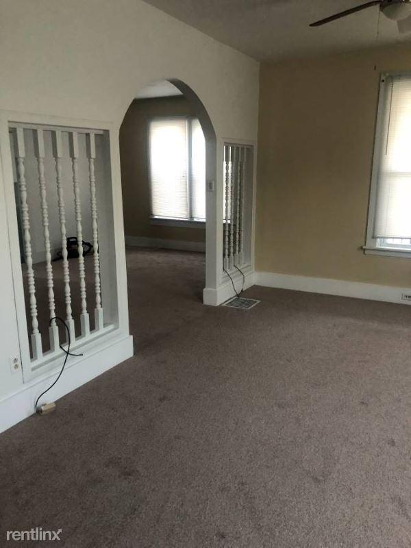 1306 W 25th St, Erie, PA - $1,200