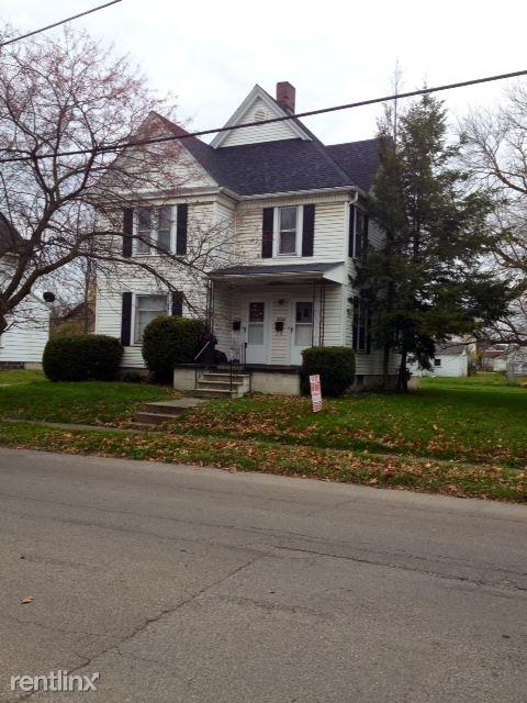 332 1/2 Miller St, Ashland, OH - $429