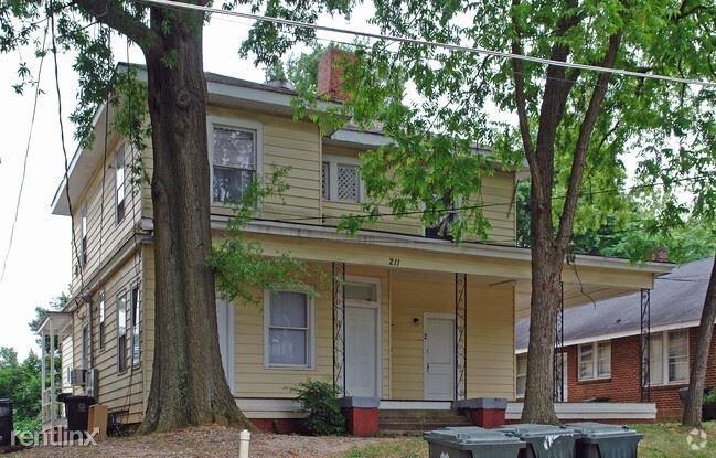 211 Park Ave Apt 1, Raleigh, NC - $2,100