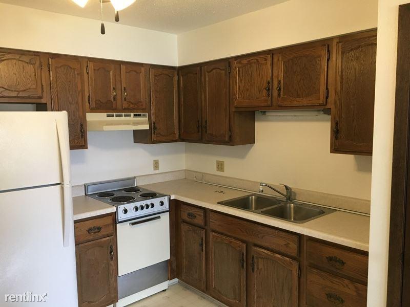 116 Tilson St E, West Salem, WI - $750