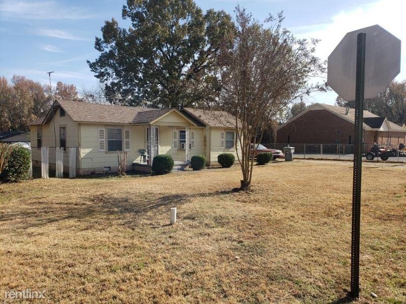 4744 Percy Rd, Memphis, TN - $725