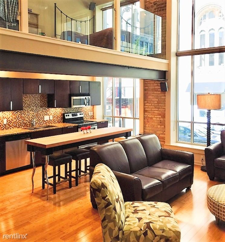65 Monroe Center street 200, Grand Rapids, MI - $2,750