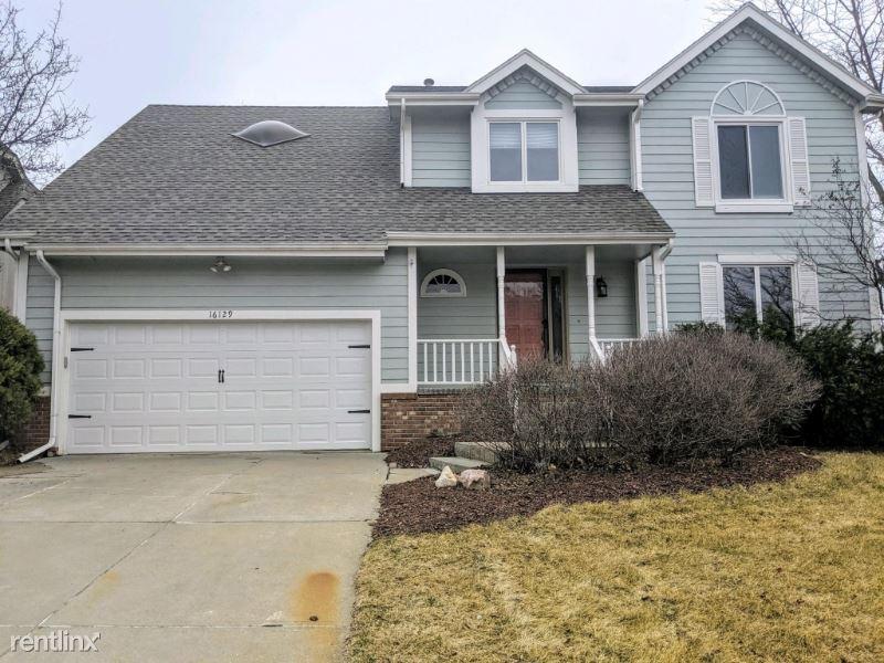 16129 Parker St, Omaha, NE - $2,200