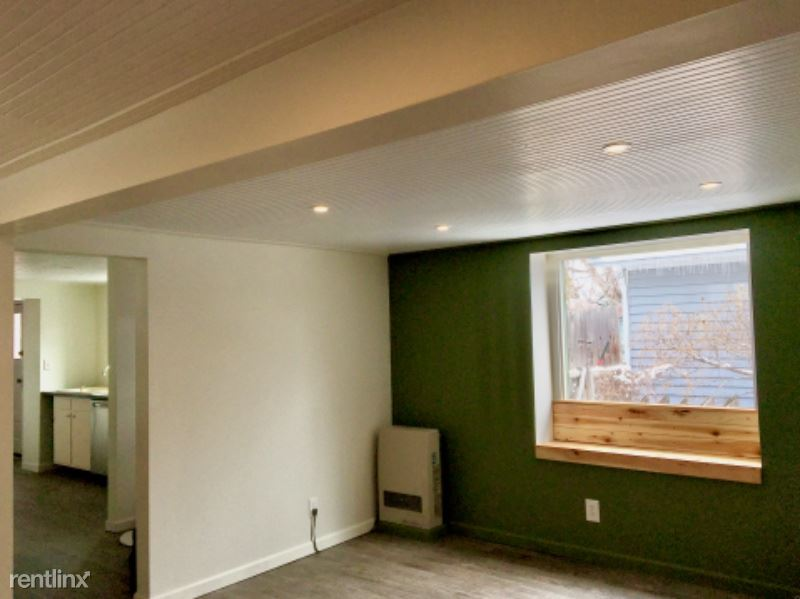 219 South E Street, Livingston, MT - $900