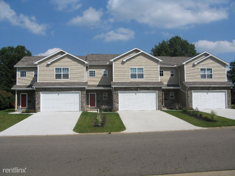 7150 Starcliff Ave NW, North Canton, OH - $1,625
