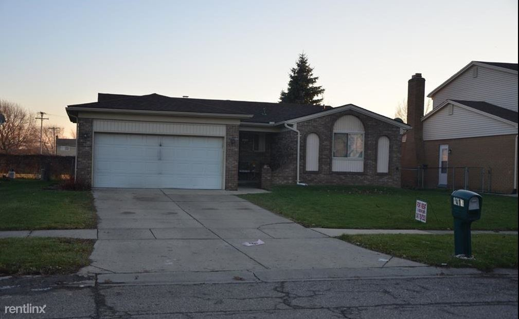 4410 Dickson Drive, Sterling Heights, MI - $1,650
