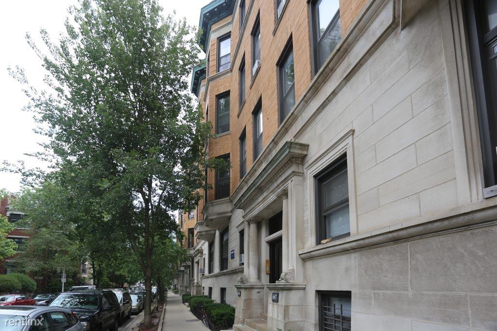 627 W. Oakdale, Unit 3, Chicago, IL - $2,350