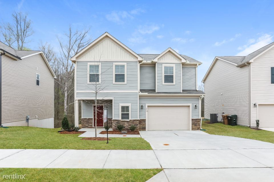 239 Pamlico Drive, Clayton, NC - $1,475